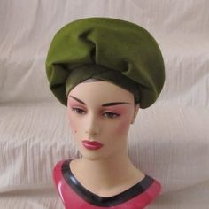 Mod Moss Green Hat Wool Velvet Band High Crown by GabAboutVintage