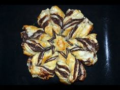 Nutella Stern - YouTube Garlic, The Creator, Pork, Sweets, Vegetables, Youtube, Muffin, Recipes, Desserts