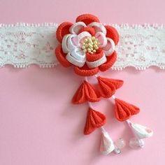 tumami*お宮参りܤ初節句ܤ出産祝い 八重の花ベビーヘアバンド