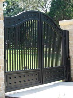 China Beautiful Wrought Iron Entrance Gate for Driveway, Find details about China Driveway Iron Gate, Security Sliding Gate from Beautiful Wrought Iron Entrance Gate for Driveway - Xiamen Lion Iron Doors Co. Steel Gate Design, Front Gate Design, House Gate Design, Door Gate Design, Fence Design, Landscaping Design, Metal Gate Designs, Iron Main Gate Design, Wrought Iron Gate Designs