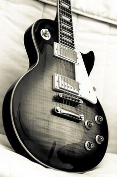 It's all about passion by Nico.H. Via Flickr: Epiphone Les Paul Standard