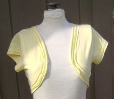 Thoughts From a Seamstress: Tutorial: Make a shrug from a t shirt