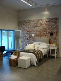 kaikki natsaa Couch, Furniture, Home Decor, Settee, Decoration Home, Room Decor, Sofas, Home Furnishings, Sofa