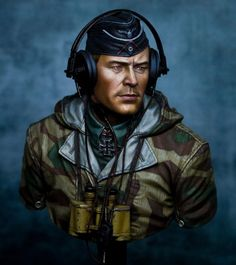 king_tiger_tank_commander_by_jason_zhou_01__sized_l