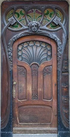 Photos Blend of Architecture with Art Nouveau. At this time it was a revolutionary movement where there was a strict barrier between pure art and art. Art Nouveau focuses more on the concept of und… Cool Doors, Unique Doors, The Doors, Entrance Doors, Windows And Doors, Doorway, Front Doors, Door Entryway, Entrance Ideas