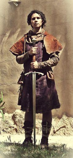 Vestuario medieval de Hoja de Níspero (http://hojadenispero.blogspot.com.es/)