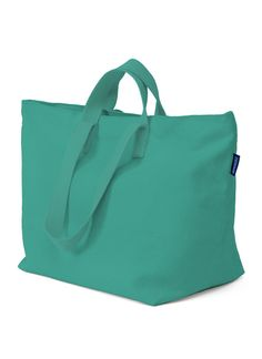 Weekend Bag in Sea! Perfect for trips out of town, or day trips to the beach!