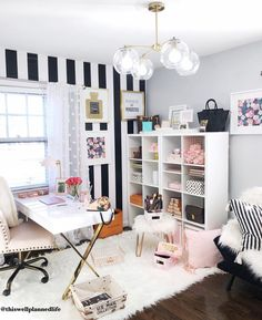 Style your desk - desk life bliss home office design в 2019 г. home office decor Cozy Home Office, Chic Office Decor, Home Office Space, Home Office Design, Study Room Decor, Cute Room Decor, Bedroom Decor, Glam Room, Online Furniture Stores