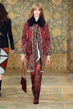 Tory+Burch+F/W+15:+'70s+Silhouettes+Infused+With+Moroccan+Tones+via+@WhoWhatWear