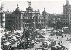 Plaza del Ayuntamiento de Valencia 1933 - 1961 Valencia Spain, Paris Skyline, Tours, History, Plaza, Travel, Holiday, World, Town Hall