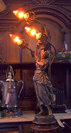 #antiquelamps