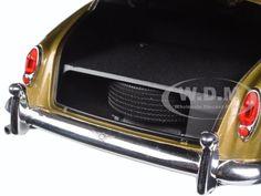 1960 Bentley S2 Gold 1/18 Diecast Model Car Minichamps 100139952