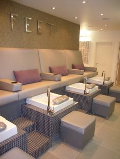Let's get you pampered before the big day! Champagne too? www.cushiontheimpact.co.uk