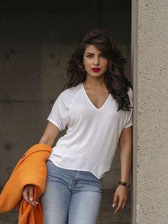 Priyanka Chopra left Bollywood for ABC's 'Quantico' - with conditions Priyanka Chopra Wallpaper, Priyanka Chopra Images, Priyanka Chopra Hot, Priyanka Chopra Makeup, Shraddha Kapoor, Ranbir Kapoor, Deepika Padukone, Priyanka Chopra Haircut, Quantico Priyanka Chopra