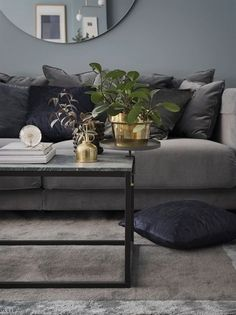 Grey velvet sofa from IKEA, green marble coffeetable, big round mirror. Living Room Green, House Interior, Living Room Grey, Living Decor, Living Room Mirrors, Velvet Sofa Living Room, Living Room Decor, Home Decor, Home Living Room