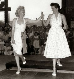 Marilyn Monroe and Jane Russell at Grauman's