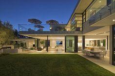 Roberto Lane House / Wolf Design Studio