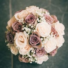 Champagne flowers! #WeddingInspiration
