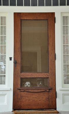Home Remodeling Old Houses screen door with a view. Would love an old house with a wooden screen door like this. The Doors, Back Doors, Windows And Doors, Entry Doors, Wood Doors, Patio Doors, Front Entry, Slab Doors, Door Entryway