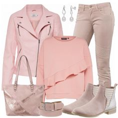 Pink look leather jacket, pink top and pink jeans . Casual Wear, Casual Outfits, Fashion Outfits, Womens Fashion, Jeans Fashion, Fashion 2018, Curvy Fashion, Rosa Jeans, Pink Wardrobe