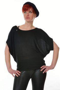 3 Elfen, loose Girlie Shirt bat black with crew neck Logo Fairy, XL Crew Neck, Fairy Clothes, Logo, Black, Fashion, Grey, Elves, Moda, Logos