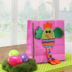 Geschenktüte basteln, Geschenktasche für Ostern | Osterbasteln mit Papier! Wir basteln eine schöne Geschenktasche im Osterlook. Ideal zum basteln mit Kindern! Mit ▶Bastelvideo ✓: http://www.trendmarkt24.de/bastelideen.osterbasteln-mit-papier.html#p