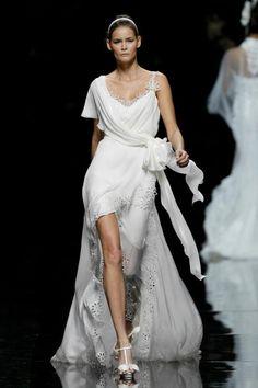 Pronovias Manuel Motas Collection, beautiful reception gown
