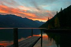 Lake Chelan. Having been there in person I can verify just how beautiful and amazing it is.