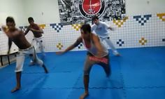 Sequência boa. #capoeiramovies #capoeiravida #capoeira #berimbau