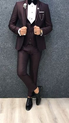 Collection: Spring – Summer 2019 Product: Slim Fit Tuxedo Color Code: Claret Red Size: Suit Material: 70 viscose, 30 polyester Machine Washable: No Fitting: Slim-fit Package Include: Jacket, Vest, Pants Only Gifts: Shirt, Chain and Bow Tie Formal Men Outfit, Formal Dresses For Men, Blazer Outfits Men, Stylish Mens Outfits, Slim Fit Tuxedo, Tuxedo For Men, Blue Suit Men, Black Suits, Dress Suits For Men