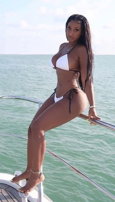 Hot Black Women, Beautiful Black Women, Sexy Women, Sexy Bikini, Bikini Girls, Bikini Poses, Black Magic Woman, Dark Skin Girls, Ebony Beauty