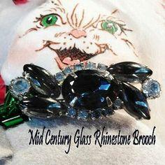 Vintage Mid Century Glass Rhinestone Brooch www.etsy.com/listing/481193617