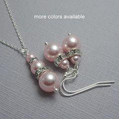 CUSTO Bridesmaid Gift Light Pink Pearl Bridesmaid Jewelry Set, Swarovski Rosaline (Light Pink) Pearl Jewelry Set, Maid of Honor Gift Pink Jewelry, Bridal Jewelry Sets, Wedding Jewelry, Jewelry Gifts, Pearl Jewelry, Jewelry Ideas, Jewlery, Pink Pearl Necklace, Pink Earrings