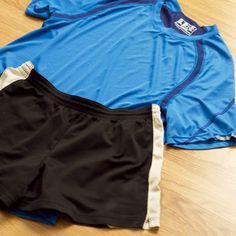 How to Get the Smell Out of Workout Clothes