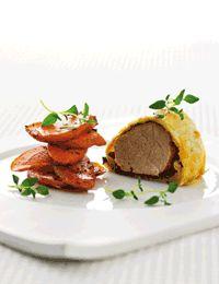 Indbagt svinemørbrad marineret i BBQ sauce med grønt og kartofler