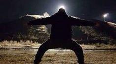 White Wolf : Maori warriors defy authorities with a powerful haka at Standing Rock