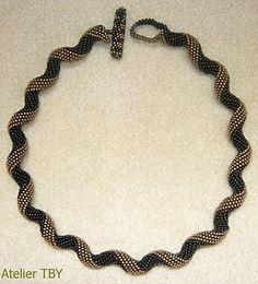necklace by Marie Takarbessy - made using Aleta's Indespiral pattern