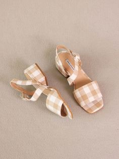 About arianne selva sandals in provence. gingham pattern in white and nude to feature this sandal with a cross strap over the feet and a wide heel. they are tied with a see-through methacrylate buckle. - made in spain - vegan Platform Espadrille Sandals, Ankle Strap Sandals, Flat Sandals, Women's Shoes Sandals, Heels, Flats, Cute Shoes, Me Too Shoes, Miu Miu