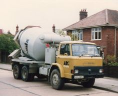 Ready Mixed Concrete, Mix Concrete, Concrete Mixers, Vintage Trucks, Old Trucks, Classic Trucks, Classic Cars, Old Lorries, Mixer Truck