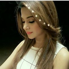 Image may contain: 1 person, closeup Jennifer Winget Beyhadh, Teenage Girl Photography, Profile Picture For Girls, Beautiful Girl Image, Simply Beautiful, Stylish Girl Pic, Beauty Shots, Girls Dpz, Indian Celebrities