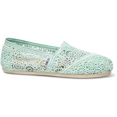 TOMS Mint Crochet Women's Classics ($59) ❤ liked on Polyvore featuring shoes, flats, toms, elastic flats, crochet shoes, mint green shoes, floral print shoes and floral flats