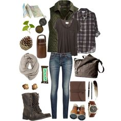 Cute fall hiking outfit