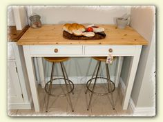 high kitchen table wwwchicmouldingscom - High Kitchen Tables