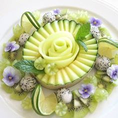 No photo description available. Fruits Decoration, Watermelon Benefits, Fruit Crafts, Fruit Creations, Food Sculpture, Fruit And Vegetable Carving, Food Carving, Food Garnishes, Food Platters