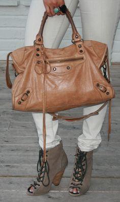 OMG. <3 the #Balenciaga #bag & #shoes