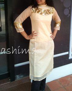 Party Wear Chanderi Silk Kurta With Woven Price Salwar Pattern, Kurti Patterns, Dress Patterns, Silk Kurtas, Kurti Collection, Kurti Neck Designs, Pakistani Outfits, Indian Designer Wear, Bollywood Fashion