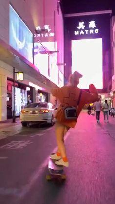 Aesthetic Movies, Bad Girl Aesthetic, Aesthetic Videos, Aesthetic Japan, Skateboard Videos, Skateboard Girl, Skateboard Tumblr, Penny Skateboard, Longboard Cruising