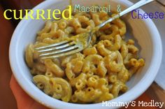 Curried Macaroni  Cheese | Mommys Medley #vegan #vegetarian #pasta #spicy