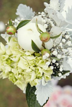 35mm Photography - Trish & Nigel - flowers!