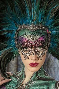 mascara-carnaval-desenho-renda-rosto-corpo
